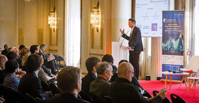 Le Risk Forum analyse l'impact des taux bas